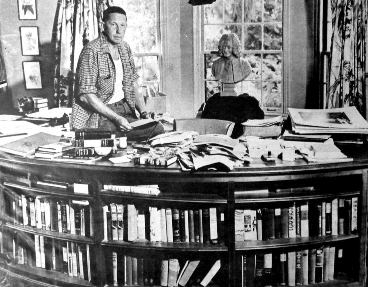Bromfield at desk photo