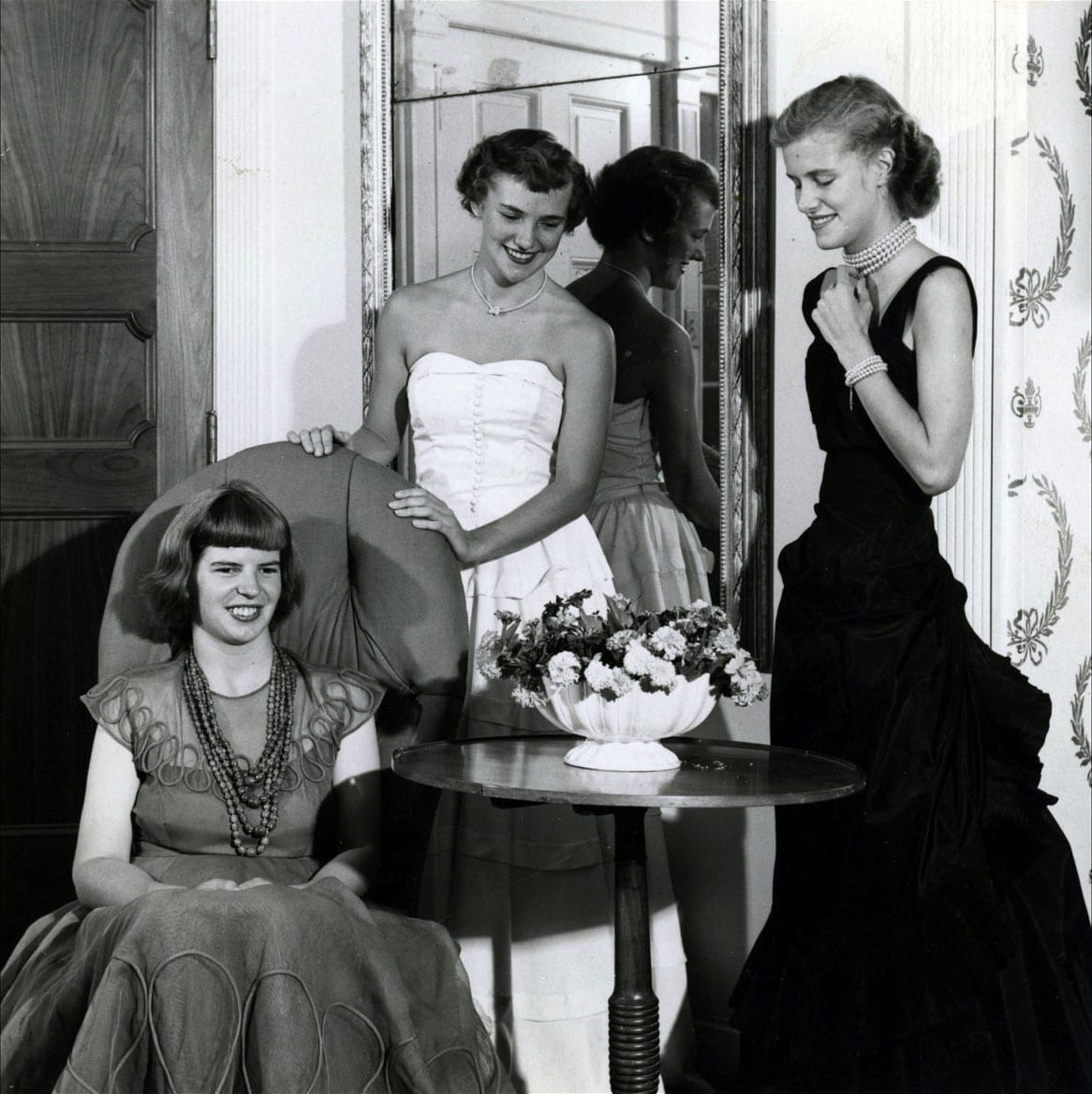 Right to left: Ann (sitting) Hope and Ellen